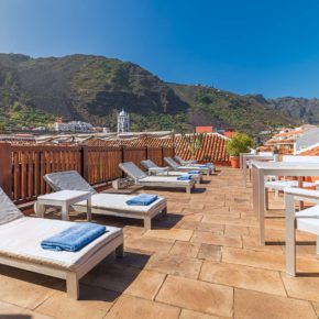 Hotel San Roque - Solarium with sea and mountain views